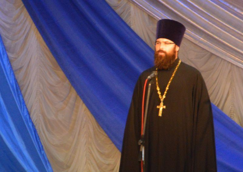 Благочинный Каменск-Шахтинского округа иерей Александр Теличкин принял участие в мероприятии, посвященном Дню работников культуры