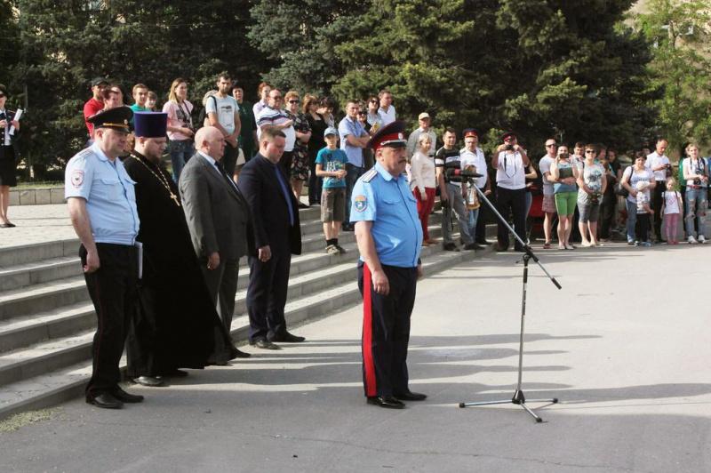 В Каменск-Шахтинском благочинии кадеты торжественно приняли присягу казака