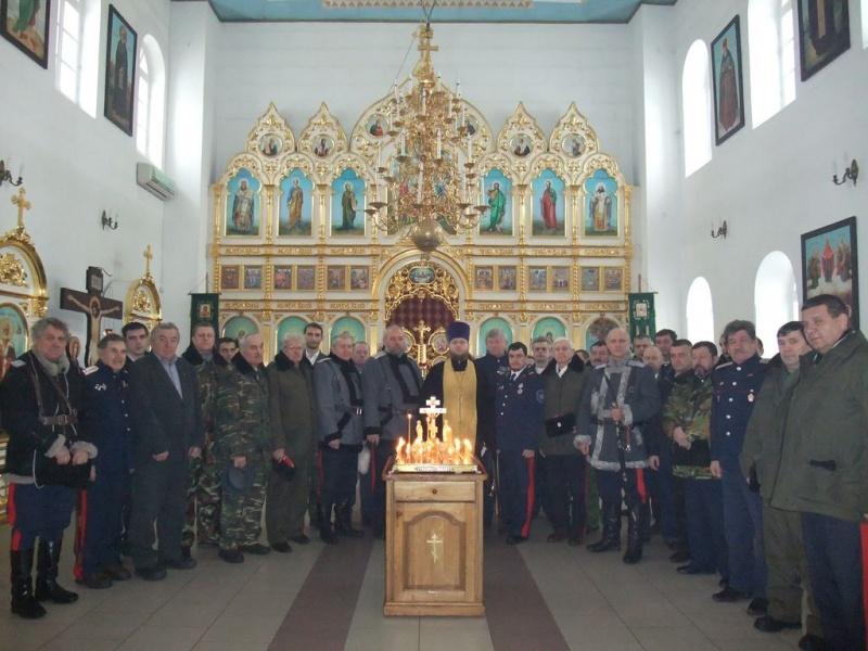 В Каменск-Шахтинском благочинии состоялась панихида, посвященная геноциду казачества