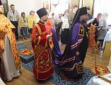 Епископ Шахтинский и Миллеровский Симон возглавил воскресное богослужение в храме в честь иконы Божией Матери Взыскание погибших пос. Сидорово-Кадамовский