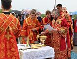 Преосвященнейший епископ Симон совершил чин на основание церкви и водружение креста на месте строящегося храма в честь преподобного Сергия Радонежского пос. Сидорово-Кадамовский